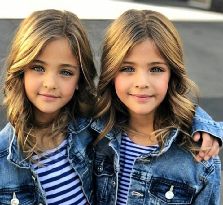 These Identical Twins Became Instagram Models At Just 7 Years Old