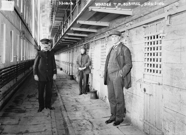 escaping prison - billy the kid