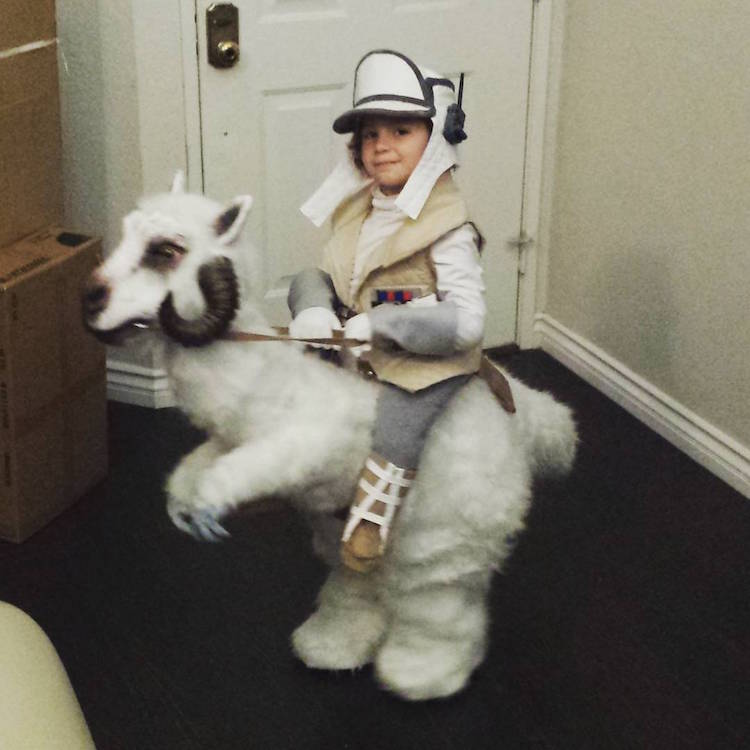 tauntaun star wars kids empire strikes back halloween costumes