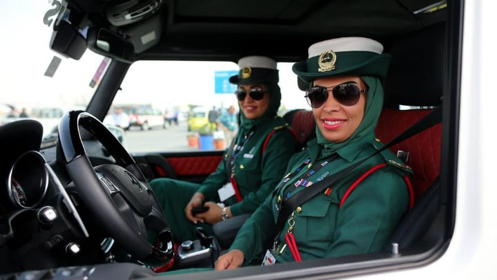 Dubai female police