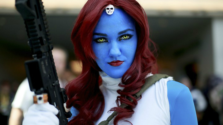 blue lady cosplay mystique xmen