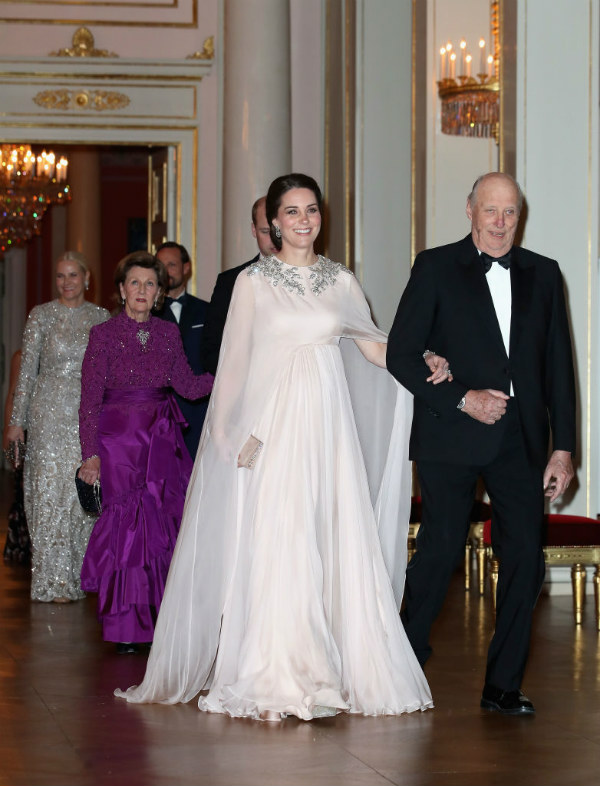 kate middleton king norway royal family homes