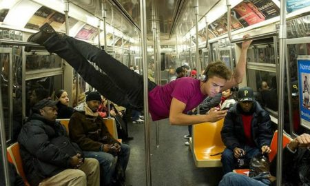 subway moments acrobatics gymnastics