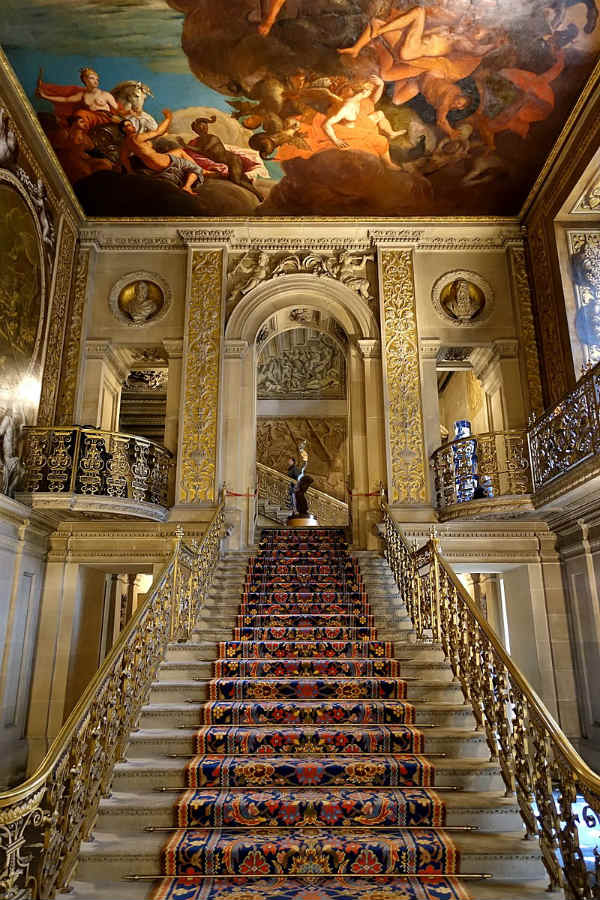 chatsworth house royal family homes