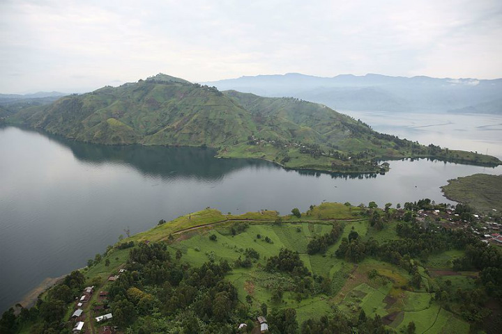 lake kivu rwanda africa dangerous places to swim swimming