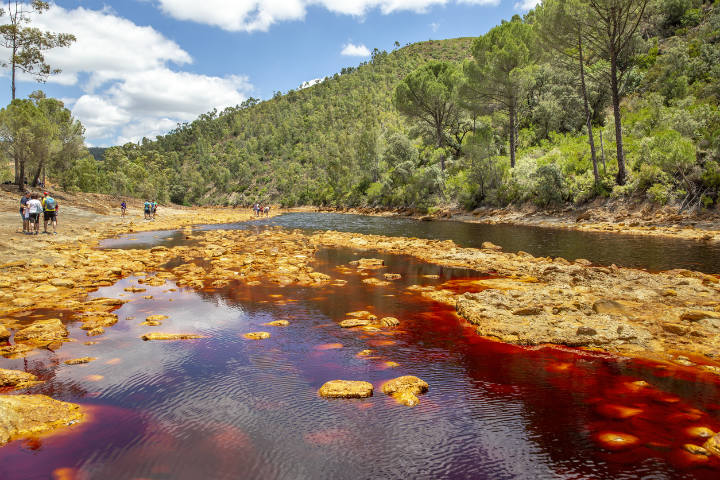 rio tinto spain portugal river pollution polluted chemicals dangerous places to swim