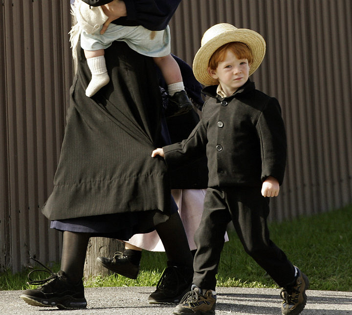 Amish child with mother