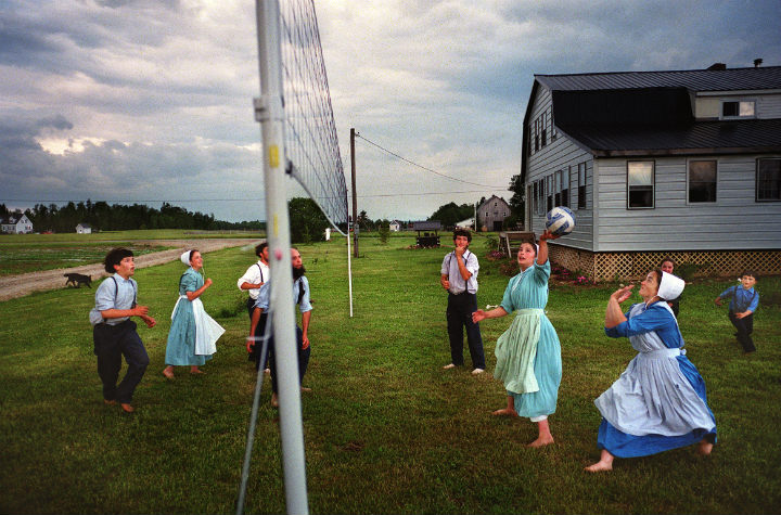 Amish kids playing