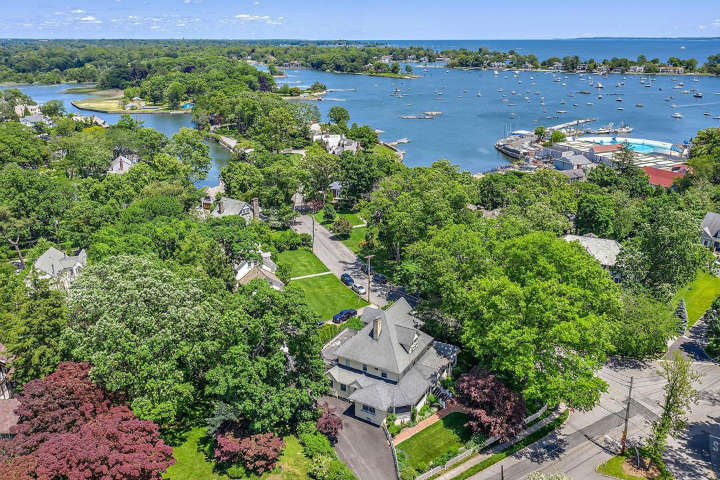 Larchmont New York richest towns