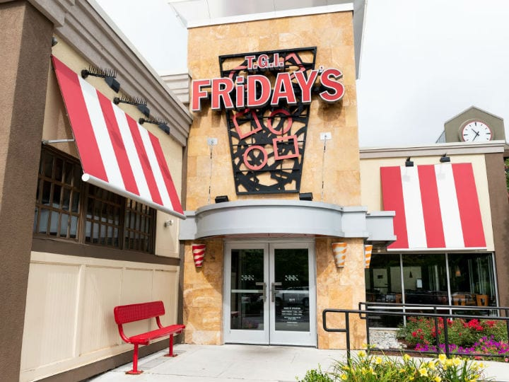 tgi fridays restaurants closing