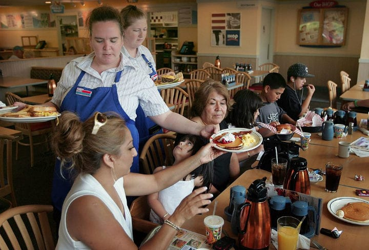 ihop pancakes restaurants closing