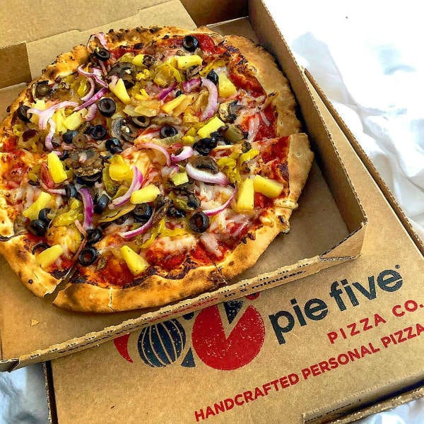 pie five pizza restaurants closing