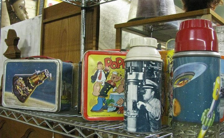 lunch boxes antiques