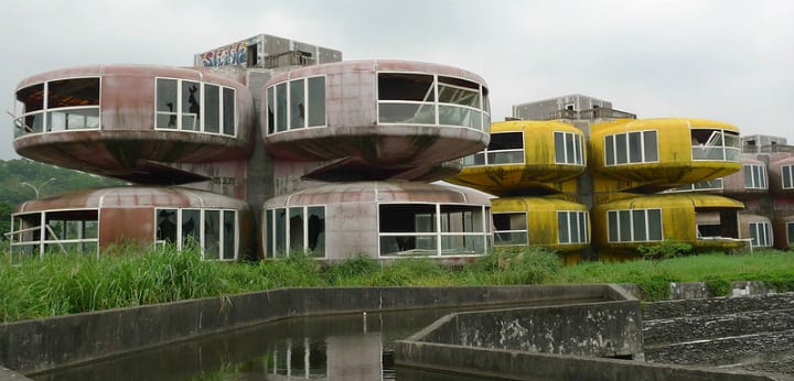 Sanzhi UFO Houses abandoned hotels