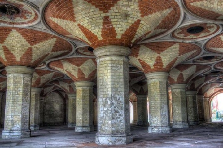 Landmark Crystal Palace Subway