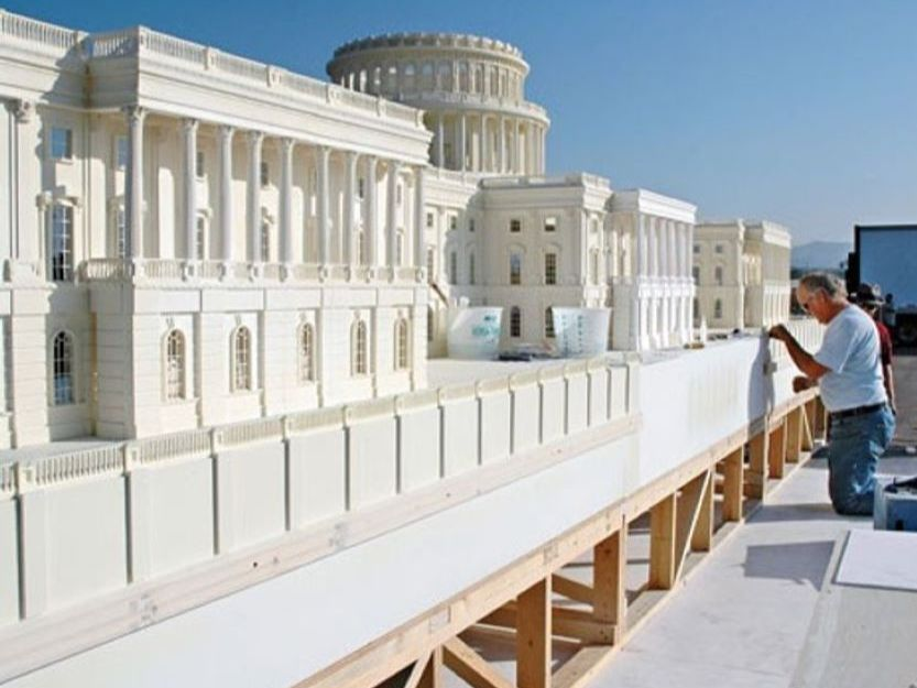 Model of the White House for most expensive movie set Independence Day
