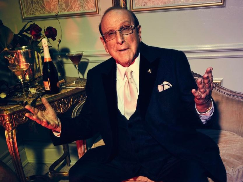 Clive Davis came out lgbt