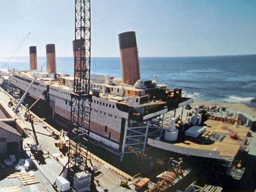 titanic most expensive movie sets