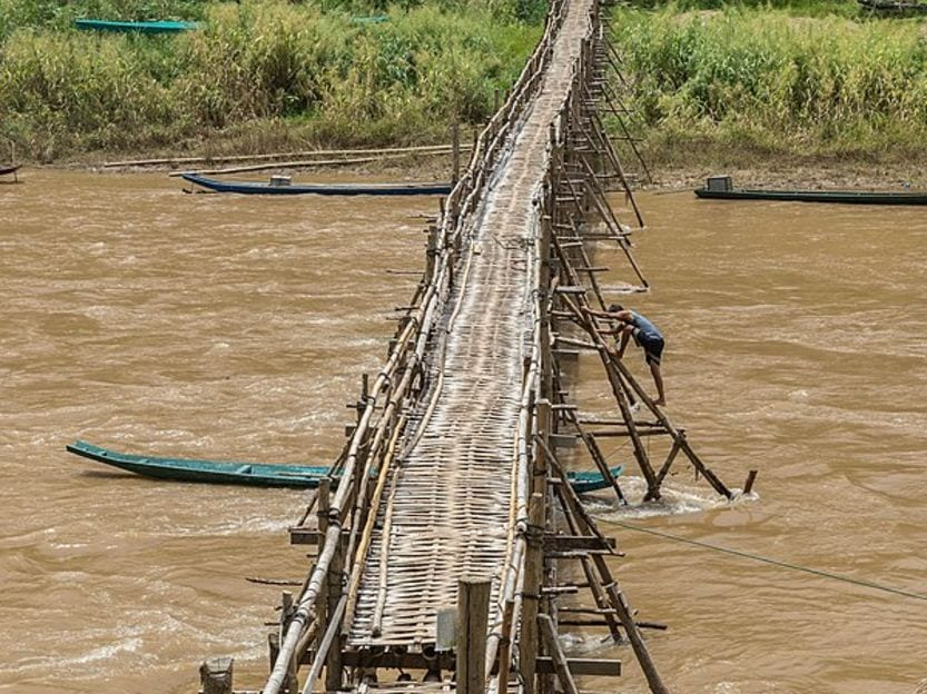 Mekong River Crossing dangerous bridges