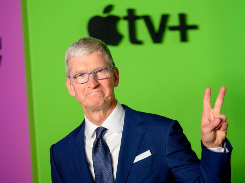Tim Cook came out lgbt