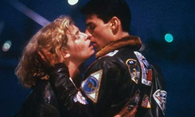 Top Gun kissing scene