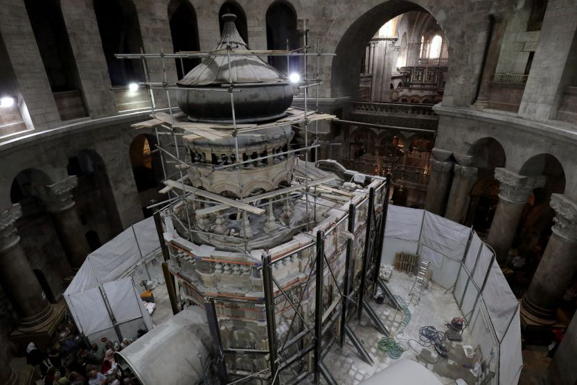 church of holy sepulchre jesus' tomb